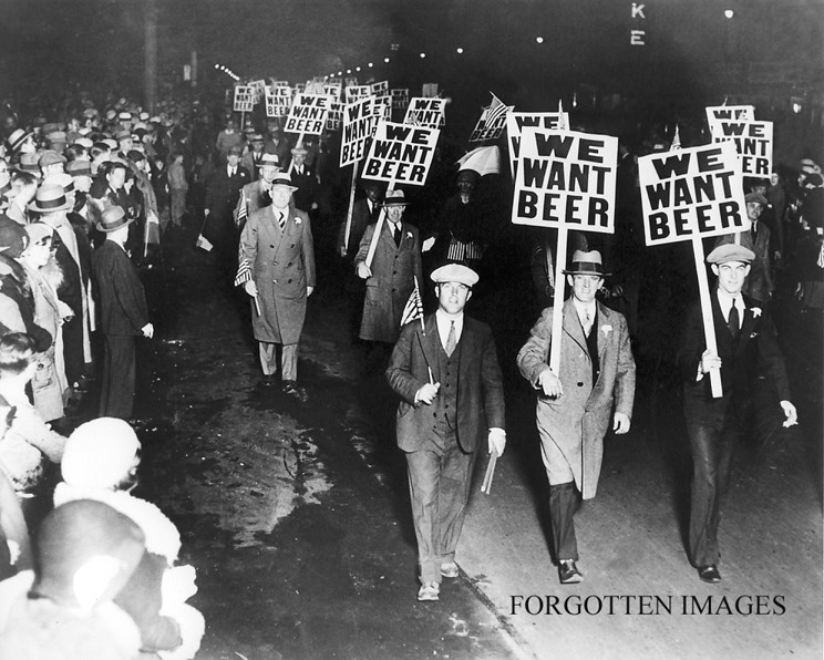 Alabamians protesting the Prohibition